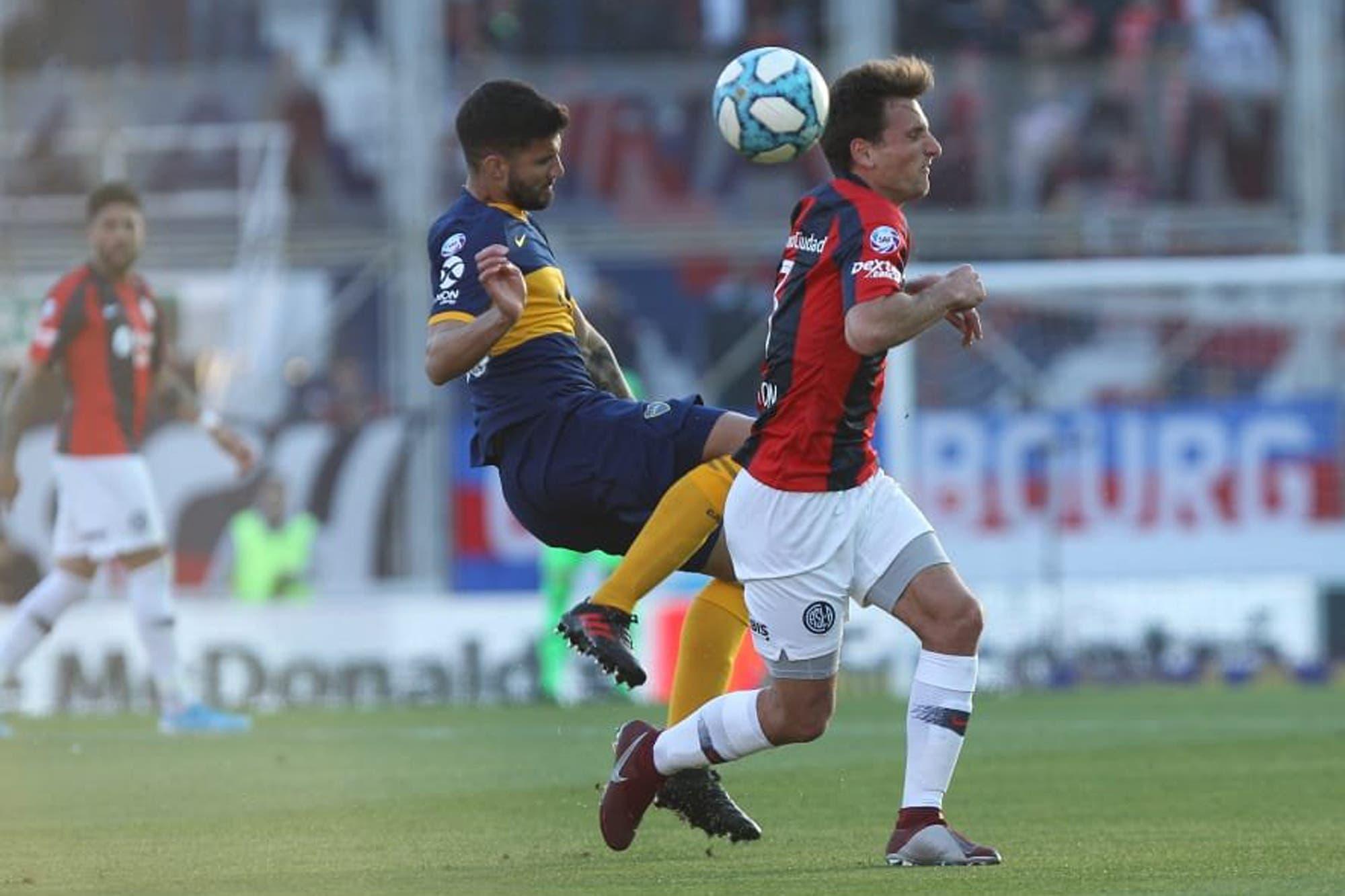 Lisandro López: de ser mirado de reojo en Boca a convertirse en un defensor clave