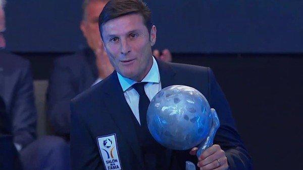Javier Zanetti y Gabriel Batistuta entraron al Salón de la fama del fútbol