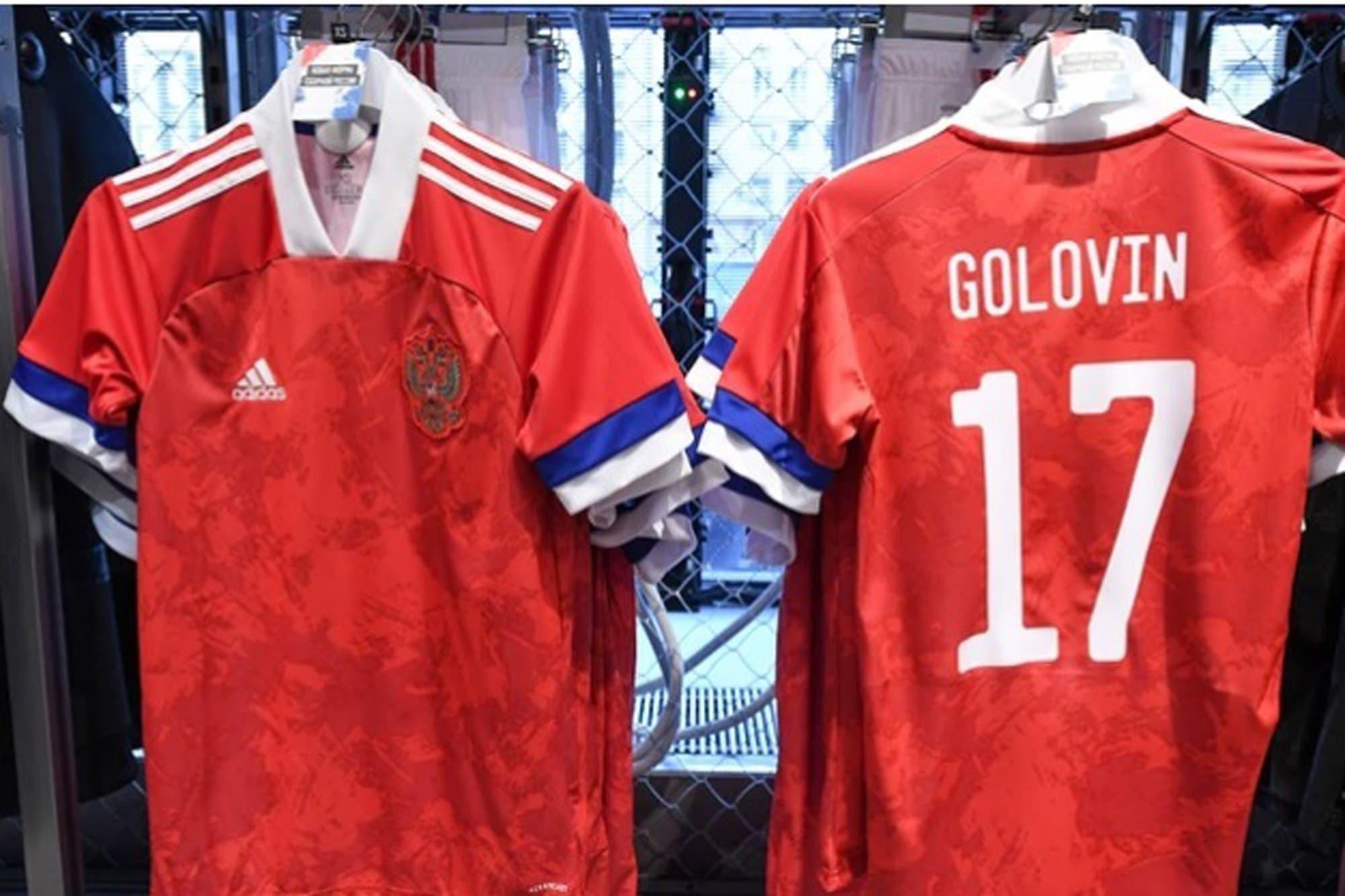 Mal diseño: el error en las nuevas camisetas de Rusia que indignó a los hinchas