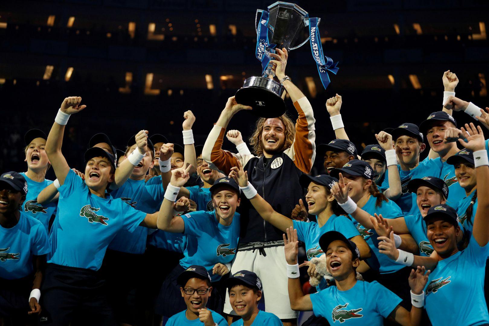 Stefanos Tsitsipas escribe su nombre en la historia grande del tenis al ganar el Master
