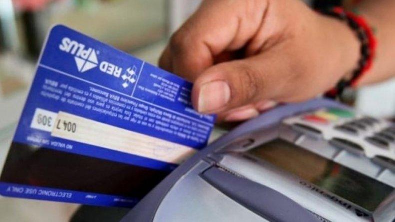 Más de la mitad de los argentinos está endeudado como consecuencia de la crisis económica