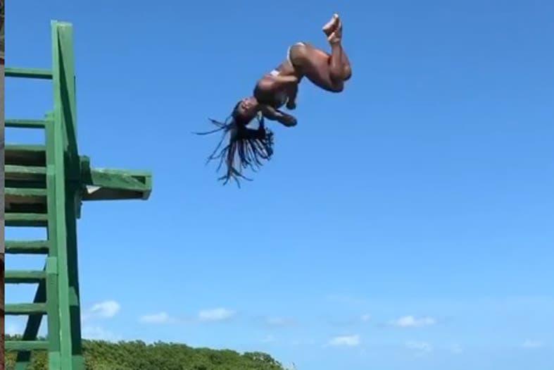 Video. El impresionante movimiento de Simone Biles sobre un trampolín en Belice