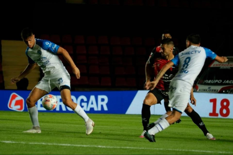 copa-lpf-2021:-colon-y-godoy-cruz-repartieron-puntos-en-santa-fe