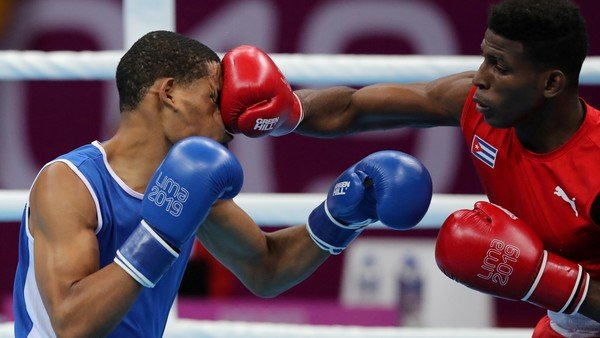 cuba-y-mexico,-a-guantazo-limpio-en-un-novedoso-desafio-entre-boxeadores-amateurs-y-profesionales