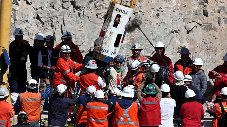 la-justicia-de-chile-aprobo-una-indemnizacion-de-us$55.000-a-31-de-los-33-mineros-de-atacama