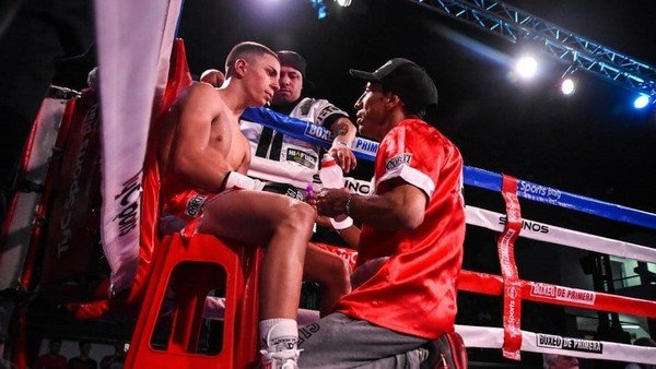 el-chino-maidana-se-queda-con-el-boxeador-de-mayor-proyeccion-de-la-argentina-y-estalla-la-guerra-con-un-historico-promotor