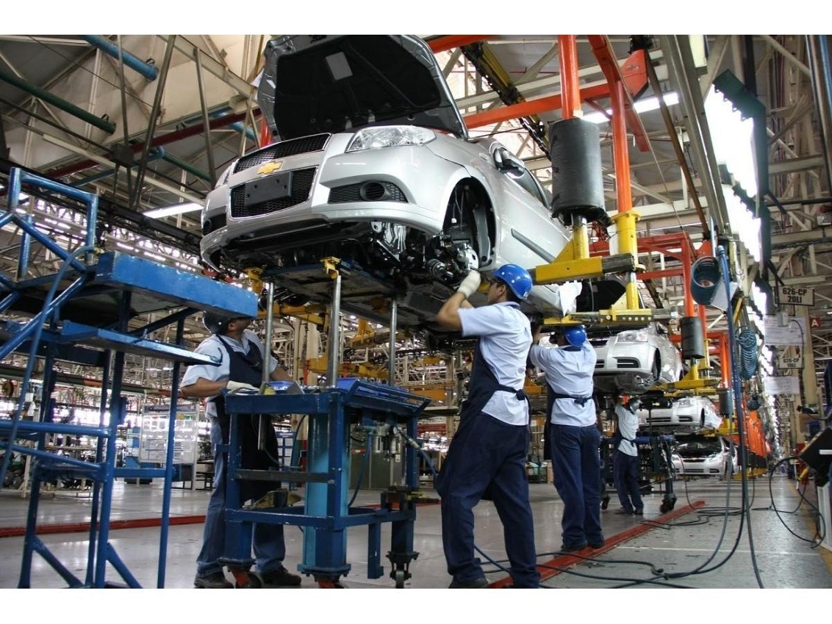 la-uia-destaco-el-cambio-de-tendencia-en-el-empleo-industrial